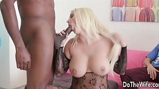 Drilling a curvy woman bambi bella in the ass